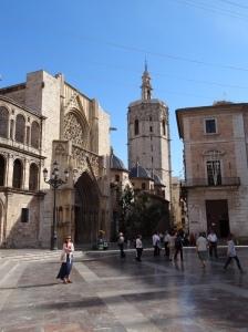 Plaza de la Virgen - notice the marble courtyard