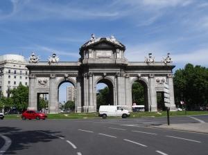 Puerta de Alcada