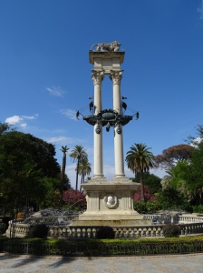monument to Christopher Columbus – Lions Courtyard